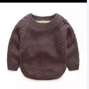 Warm cozy sweater for 4 Y